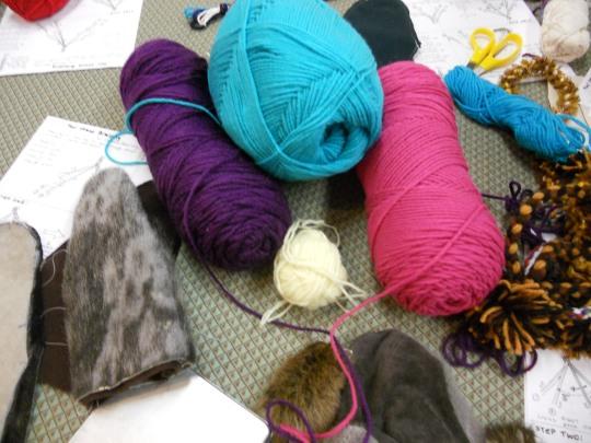 Mitten harness yarn selected