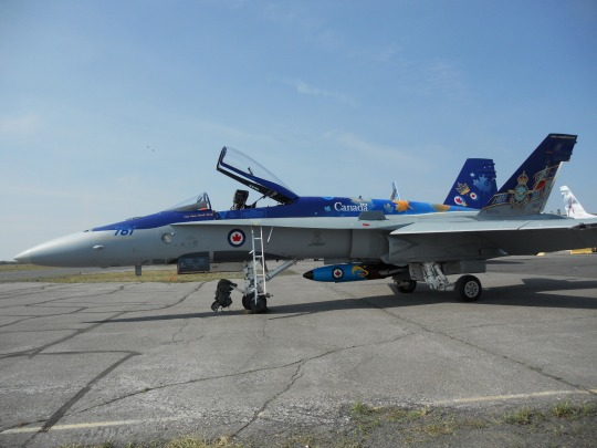 CF-18 at Yellowknife Airshow