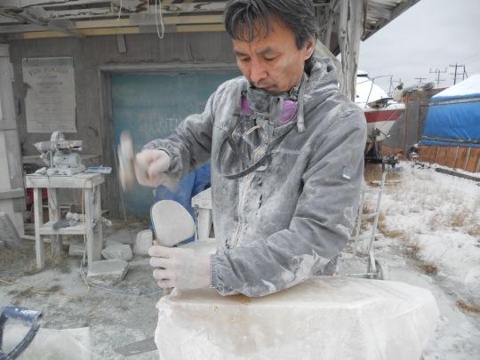 Frozen Rock Studio - Derrald Taylor chiselling raw stone